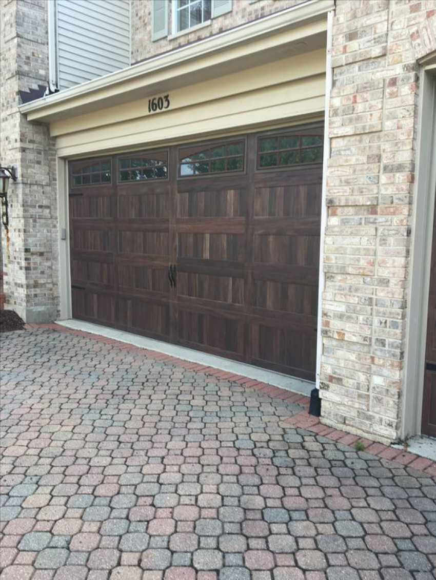 Enhance The Aesthetics of Your House with Garage Door Repair Services