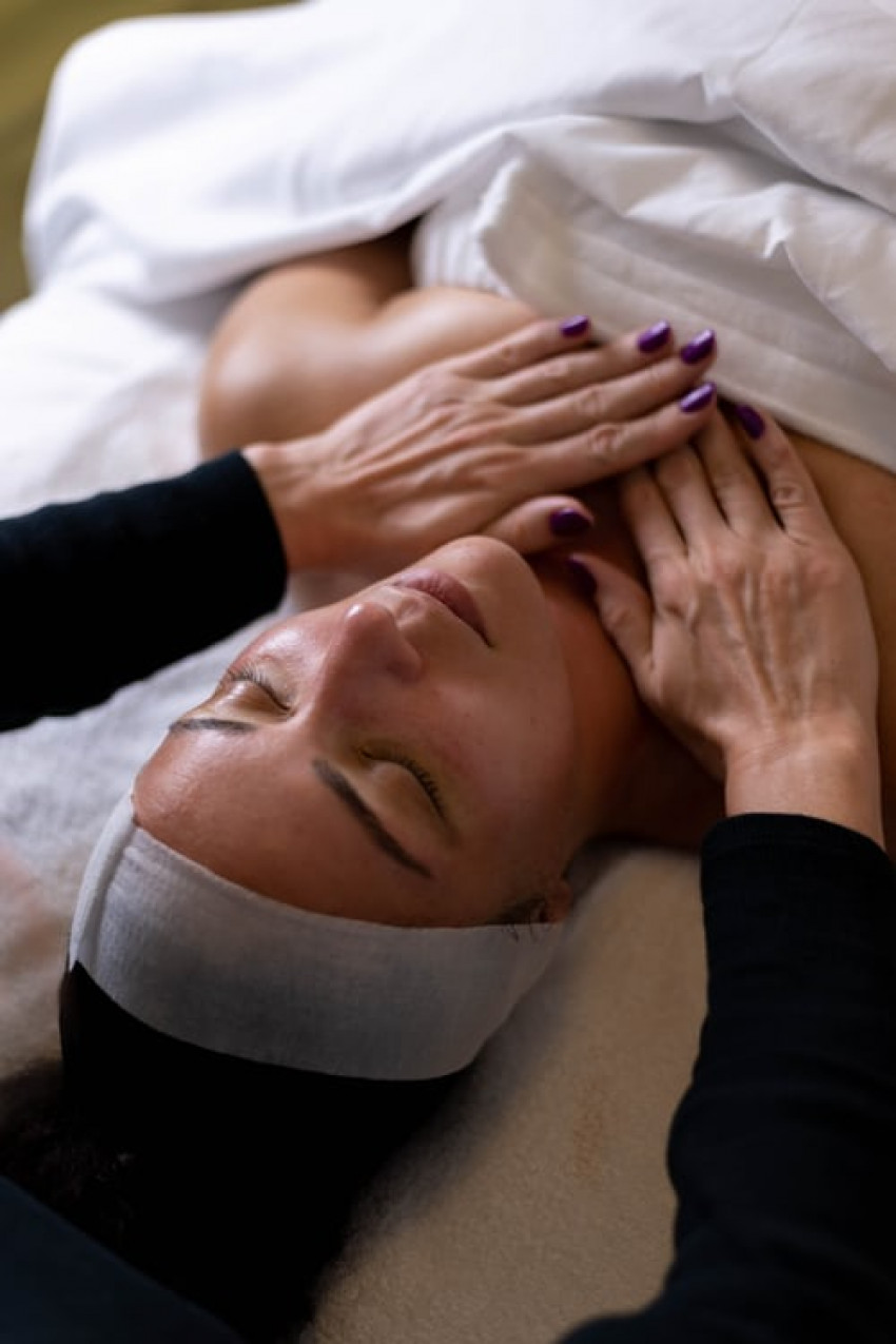 8 Amazing Benefits Of Getting a Massage