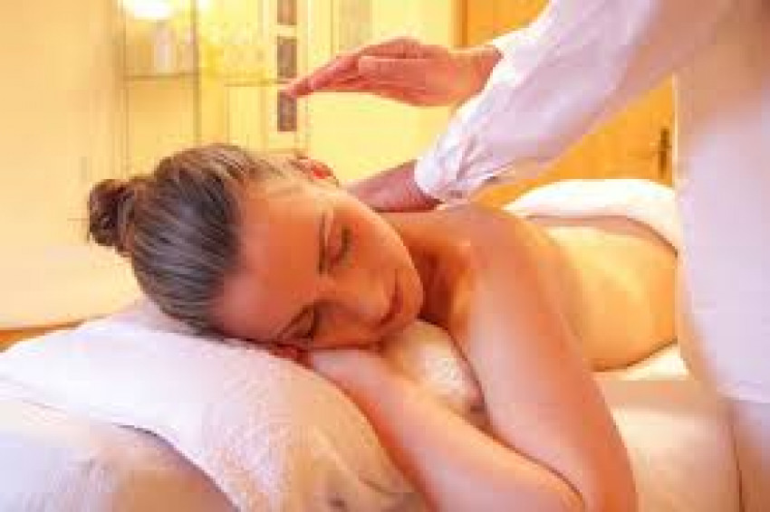 What Benefits Can You Enjoy From Regular Massage Treatments?