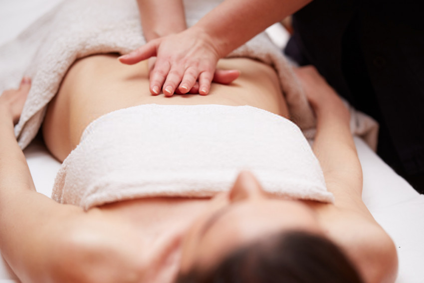 eight Things to Consider Before Buying a Massage Table